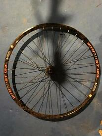 Wtb i23 650b on hope pro 2 evo front wheel
