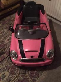 Girls mini car