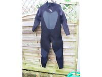 Male Ripcurl Omega wetsuit, 5.3, Size: Medium