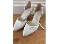 Bridal shoes size 5
