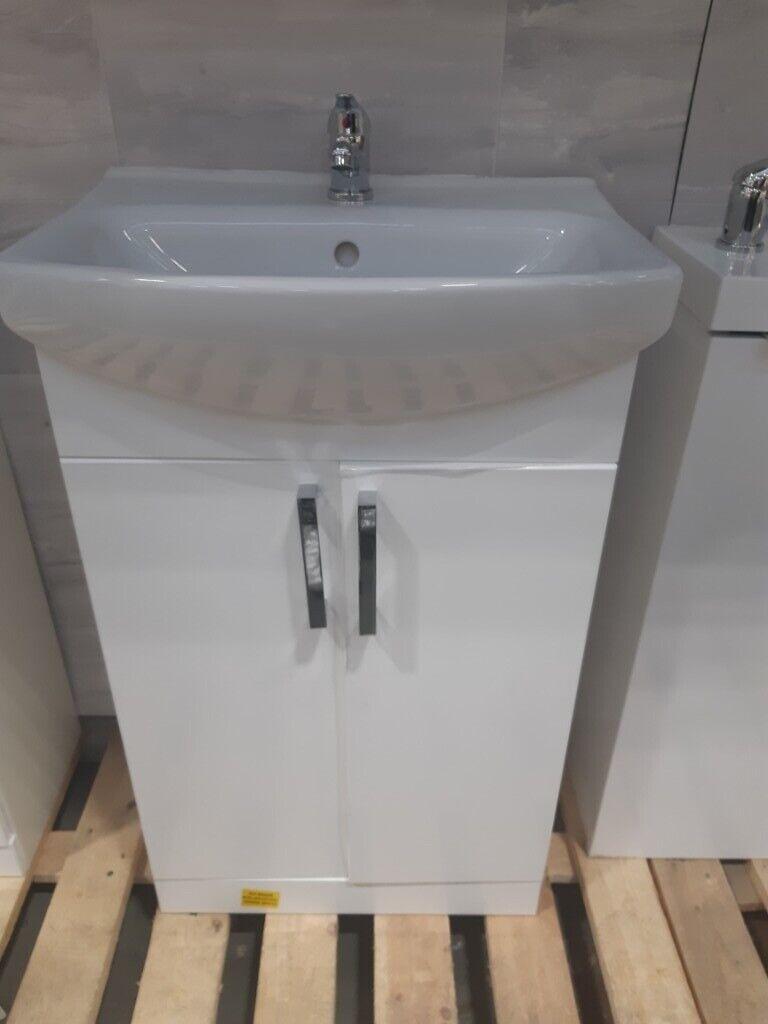 Ardenno Bathroom Sink From B Q In Sutton London Gumtree