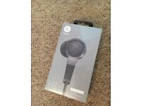 Bang & Olufsen headphones H3