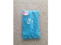 Women's running vest, size M-L brand new
