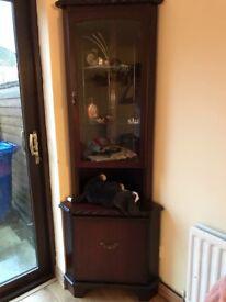 Cabinet / cupboard