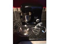 Large kitchen Stand mixer Cooks Professional with 3 attachments
