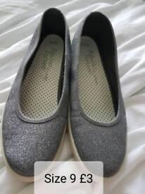 Size 9 Ladies slip on plimsolls