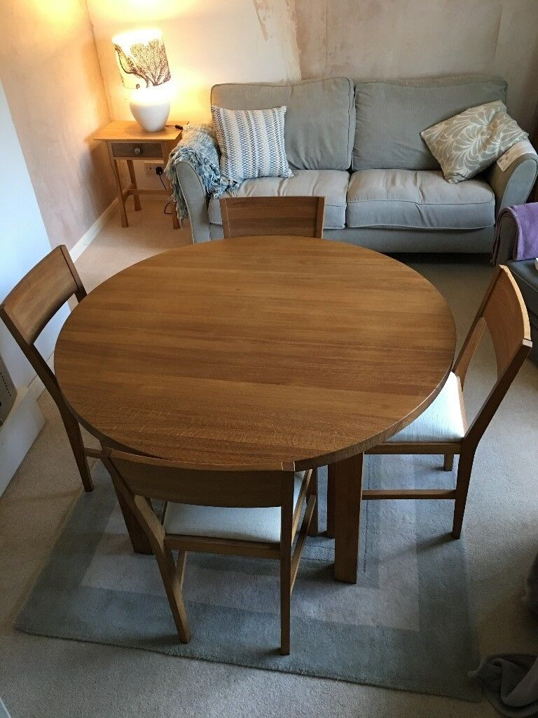 Laura Ashley Round Oak Dining Table And Chairs In Truro