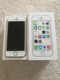 iPhone 5s 16gb in gold excellent condition