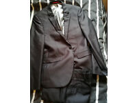 Moss Bros boys suit, grey striped, LIKE NEW, condition, ventuno 21 line