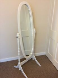 Full length free-standing mirror