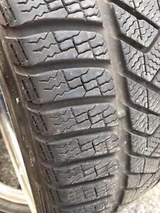 2 x 255/35/20 Pirelli hiver 8/32