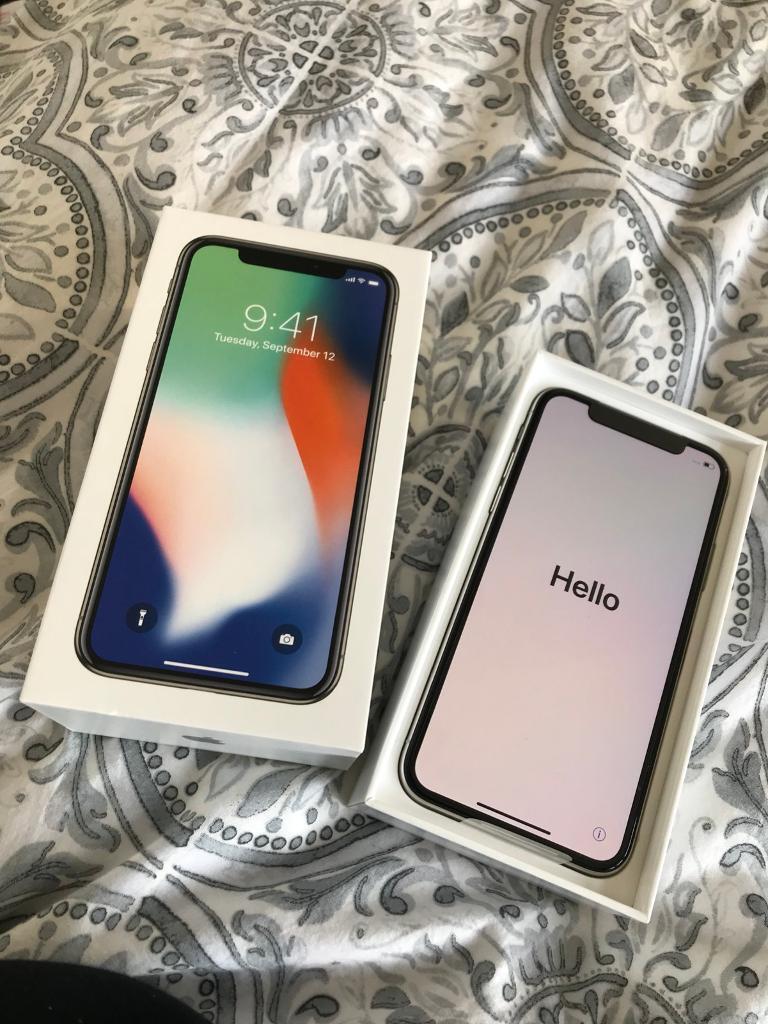 NEW iPhone X 64GB Silver/White UNLOCKED