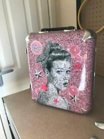 Soap and glory case