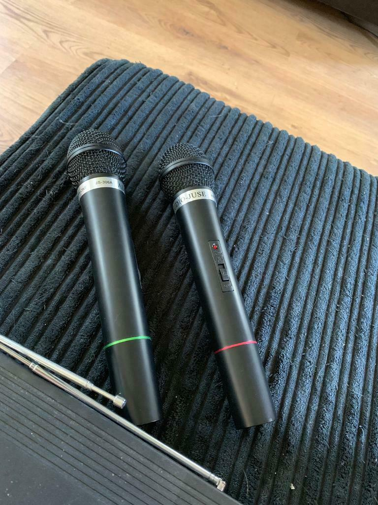 AUDIO JUSE JS-306A system and 2 microphones | in Wickford, Essex | Gumtree