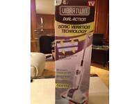 Vibratwin floor cleaner