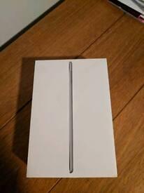 Apple iPad Mini 4 32GB Space Gray