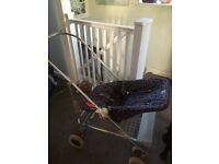 Pushchair, carrycot & car seat with all the extras