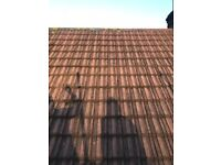 800 roof tiles very good condition