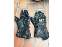 Spada Armoured, Leather Men's Motorcycle Gloves.
