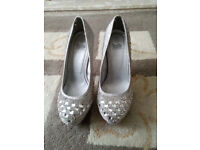 For Sale - Truffle Ladies Size 6 High Heels New
