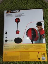 Adjustable boxing set