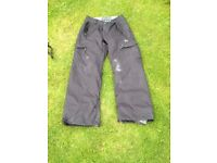 Salopettes/ Ski Trousers - Black Size Small