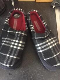 Brand new men's slippers