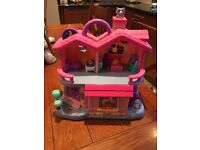Childs playhouse with sounds . Very good condition