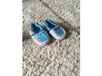 Dinosaur slippers 6-7