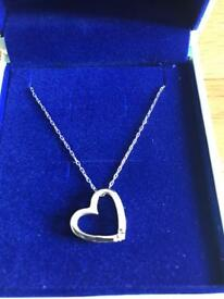 Miore heart necklace with diamond detail
