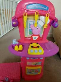 Peppa pig kitchen & picnic set