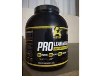 A-Star Pro Lean Muscle powder shake 2.25kg Strwaberry chocolate & Vanilla