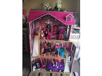 Really large barbie/monster high dolls house