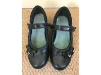 Clarks school shoes UK size 1 1/2 F