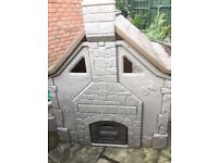 childrens -step 2 outdoor playhouse