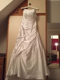 Brand new Alfred Angelo size 20 wedding dress