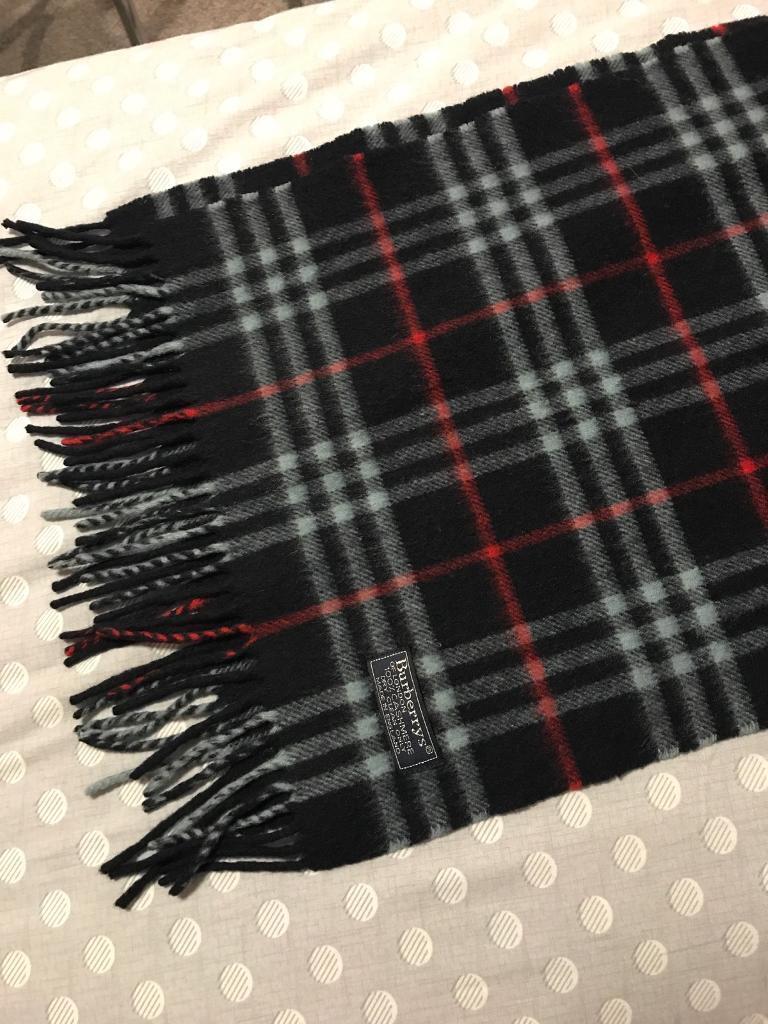 Original 100% cashemre Burberry scarf
