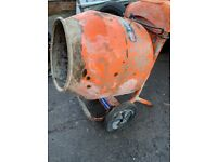 belle 240 volts cement mixer with stand