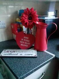 Red kitchen items (bundle)