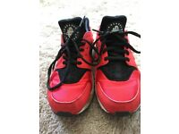 Boys Nike Huraches