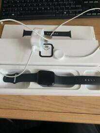 Apple Watch Series 4 - 44MM (GPS)