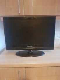 "Samsung 22"" HD TV"