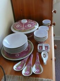 Melamine Chinese serving bowls, spoons and plate with traditional pattern