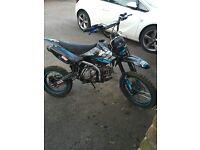 160cc Pit Bike Twin Exhaust Big Wheel (dirt bike)
