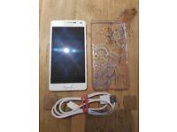 Samsung smartphone Galaxy A5 (2015) 16GB, white