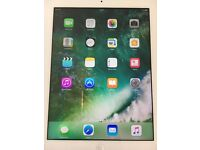 Apple iPad 4 4th Generation 32GB Wi-Fi 9.7in Silver Model MD514B/A with Charger