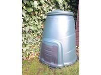 Compost bin - excellent condition