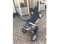 Quinny Pushchair And Carrycot For Sale £100 Incudes: Footmuff, Quinny Bag,Sun Parasol (black)