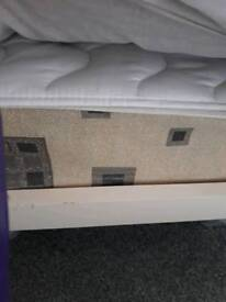 Double mattress and topper