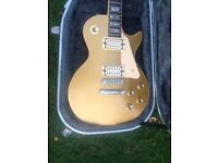 {{{ 1976 GIBSON LES PAUL DELUXE GOLD TOP VERY NICE CONDITION WITH HARD CASE }}}